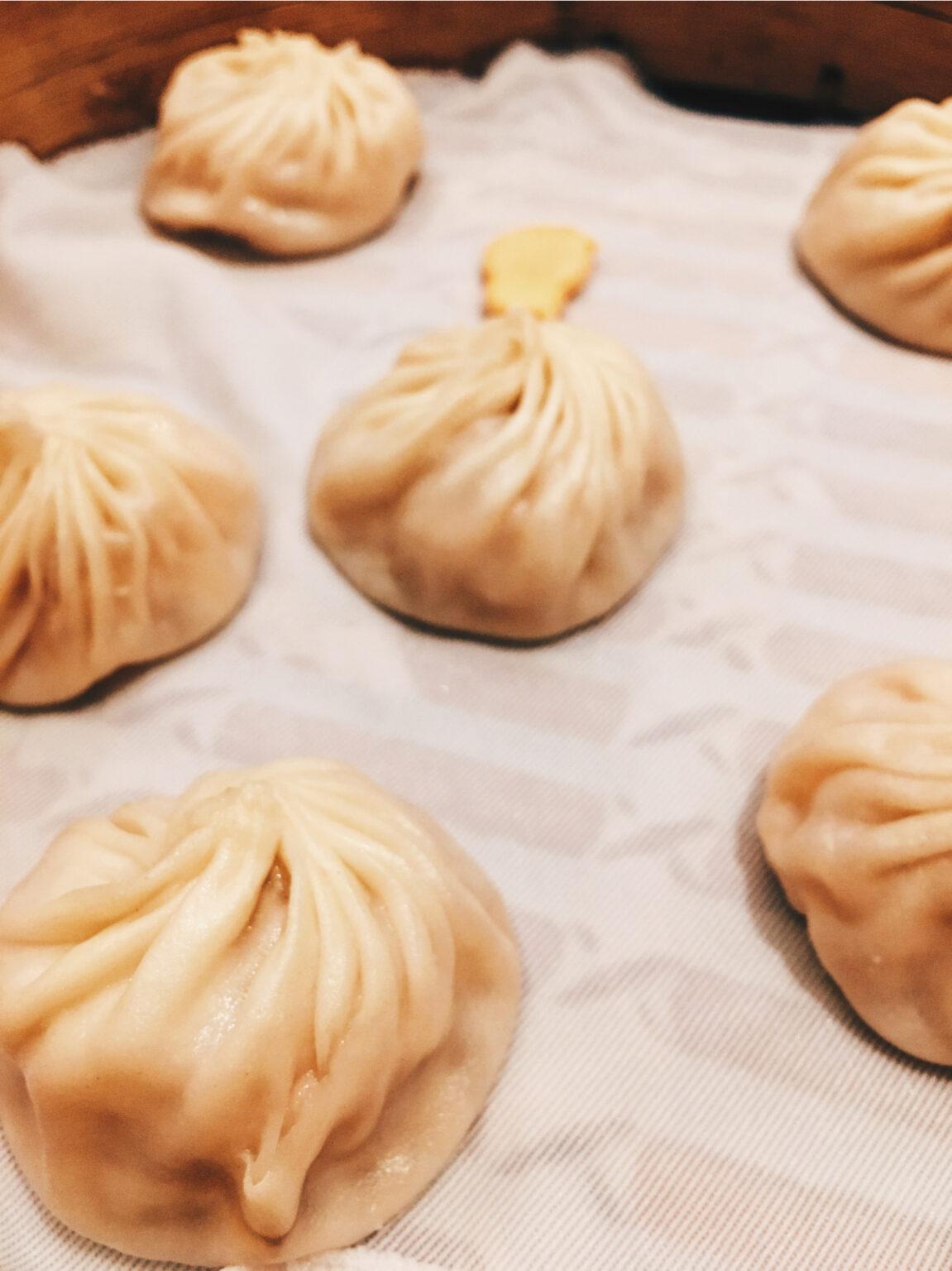 Xiaolong Bao