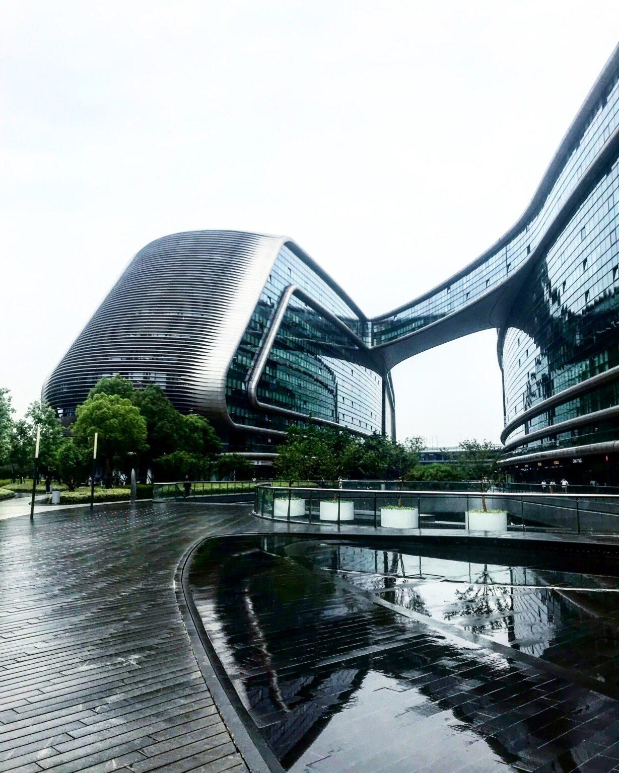 Zaha Hadidibuilding shanghai