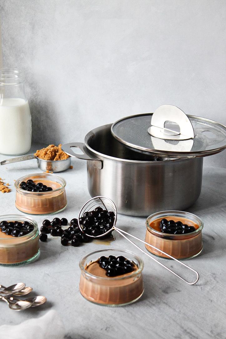 Milk tea panna cotta with Stackware