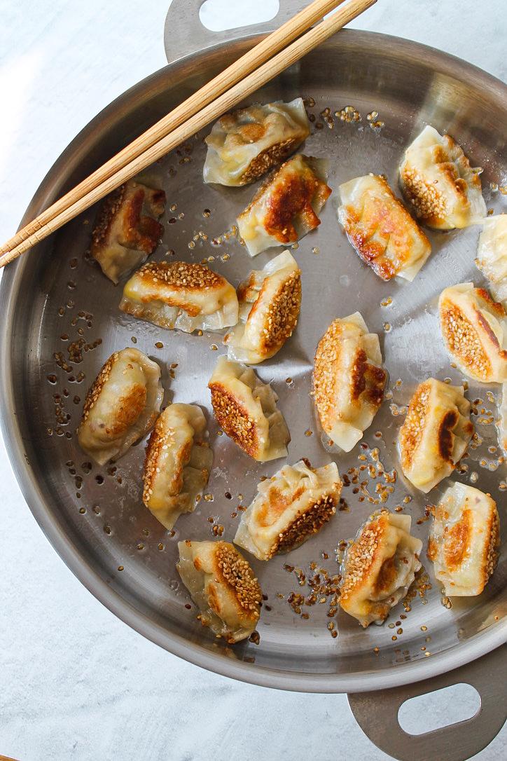 Stackware cooking dumplings